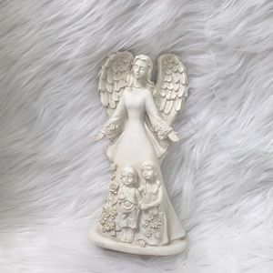Protecting angel figurine, GUC.